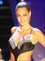 Miss Italia 2009 è Maria Perrusi