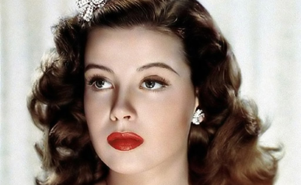 Cosmetic: 1940's Fashion - Makeup Guide