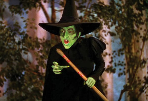 Wicked Witch Of The West Flying On Her Broom Witches Glamour – Ha...