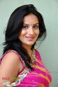 gandhi boob Priyanka