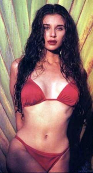 Lisa ray bikini pics