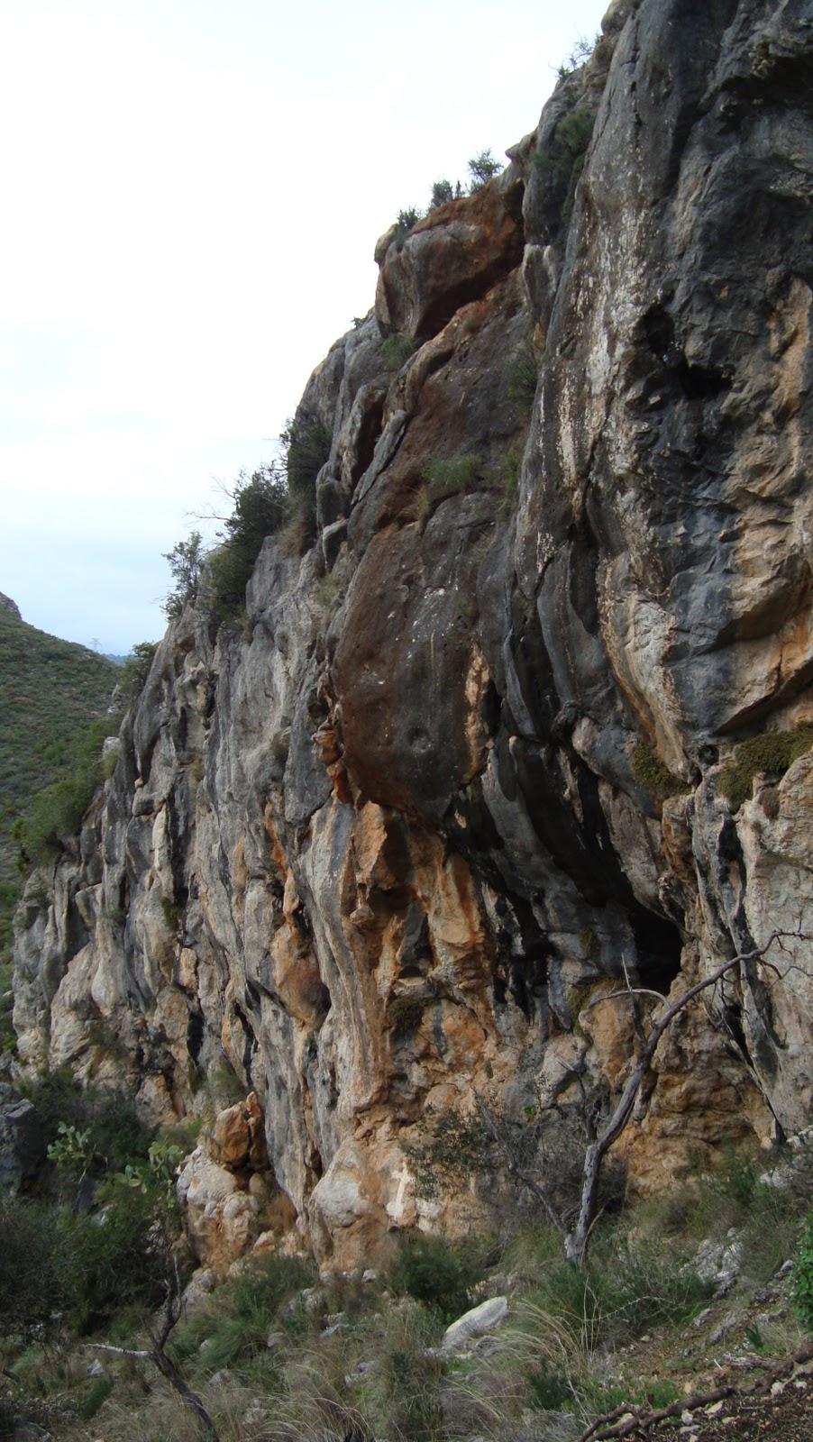 parte superior blanco incall cerca de Málaga