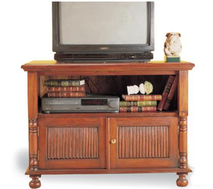 Kr muebles de televisi n para espacios reducidos for Replicas de muebles