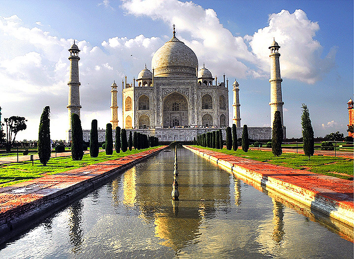 taj mahal wallpaper. Taj Mahal wallpaper 2 - Agra