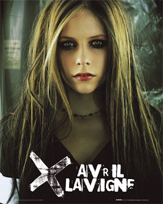 Click here to wach and listen the song Avril Lavigne's I miss You.
