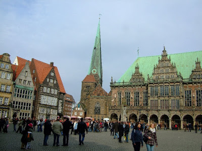 The marktplatz and the Rathaus