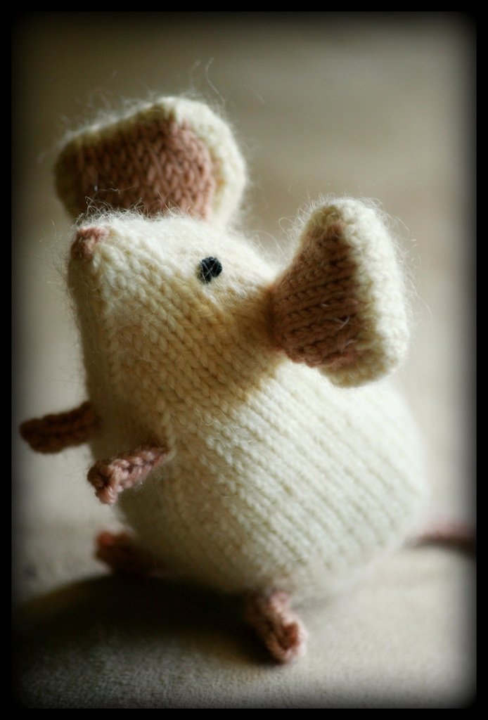 Knitting Pattern For Mouse Free : Mouse Knitting Pattern-Knitting Gallery
