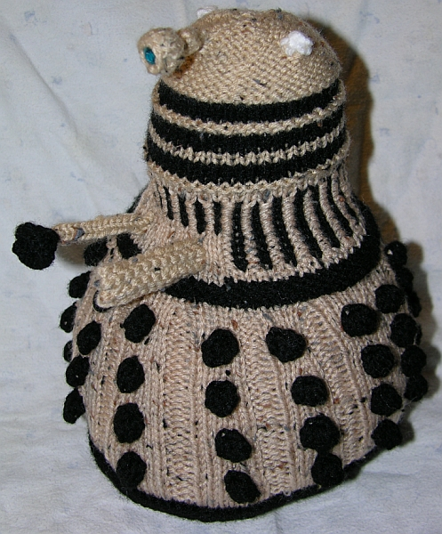 Free Baby Blanket Knitting Patterns Chunky Yarn : Knitting Patterns Free: Dalek Knitting