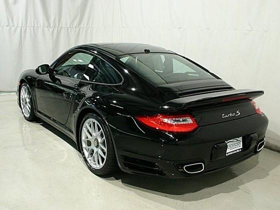 global autosports online reviews 2011 porsche 911 turbo s for sale. Black Bedroom Furniture Sets. Home Design Ideas