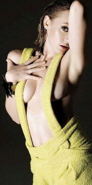 Ludivine Sagnier, Playboy January 2008, Photo 09