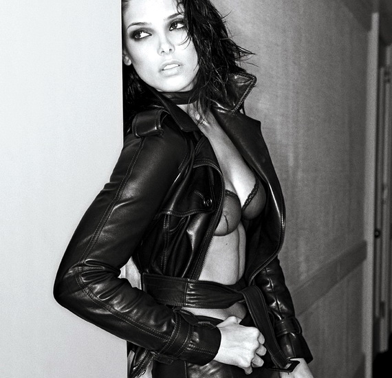 Ashley Greene, Interview Magazine February 2010, Photo 02