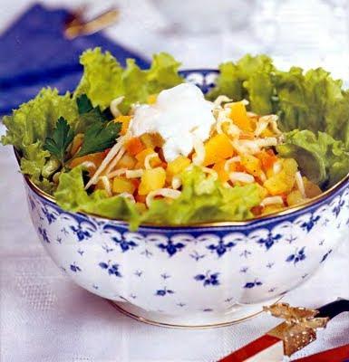 Салат из кальмаров (2 рецепта)