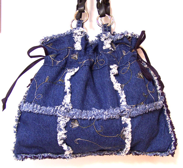 SOLD~Embroidered Flowers Drawstring Handbag Purse