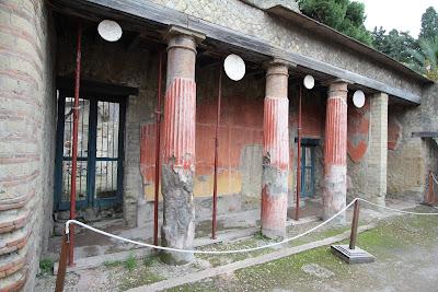 No 7, House of Relief of Telphus (Casa del Rilievo di Telefo)