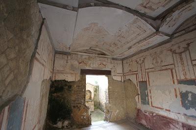 No 18, House of the Black Room (Casa del Salone Nero)
