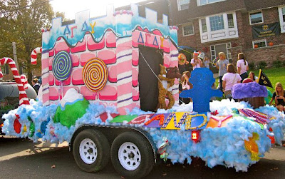 Pics photos homecoming parade float ideas - Mizzou Dg Homecoming House Decorations And Float