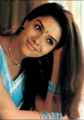 Actress Asin cute photo