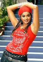 Actress priyamani still in malaikottai movie