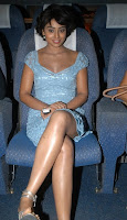 Shreya sitting and watching Kanthasamy audio release function