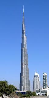 La Torre Burj Dubai, el edificio que ostenta actualmente la altura mayor (entrar)