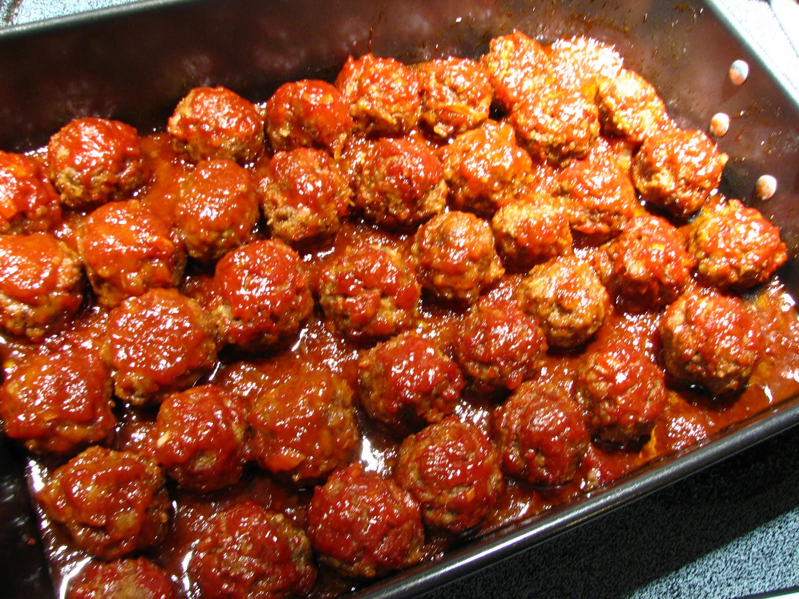 These Baked Barbecue Meatballs are delicious. They are baked in a ...