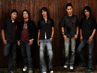 Romance Ku Ingin Kamu MP3 Lirik,lirik lagu,indonesia,gratis