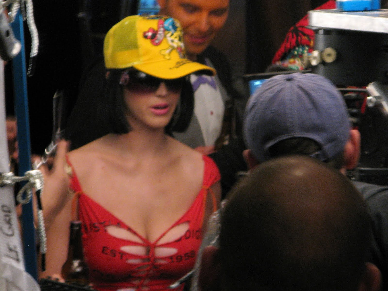 Katy Perry Big Cleavage