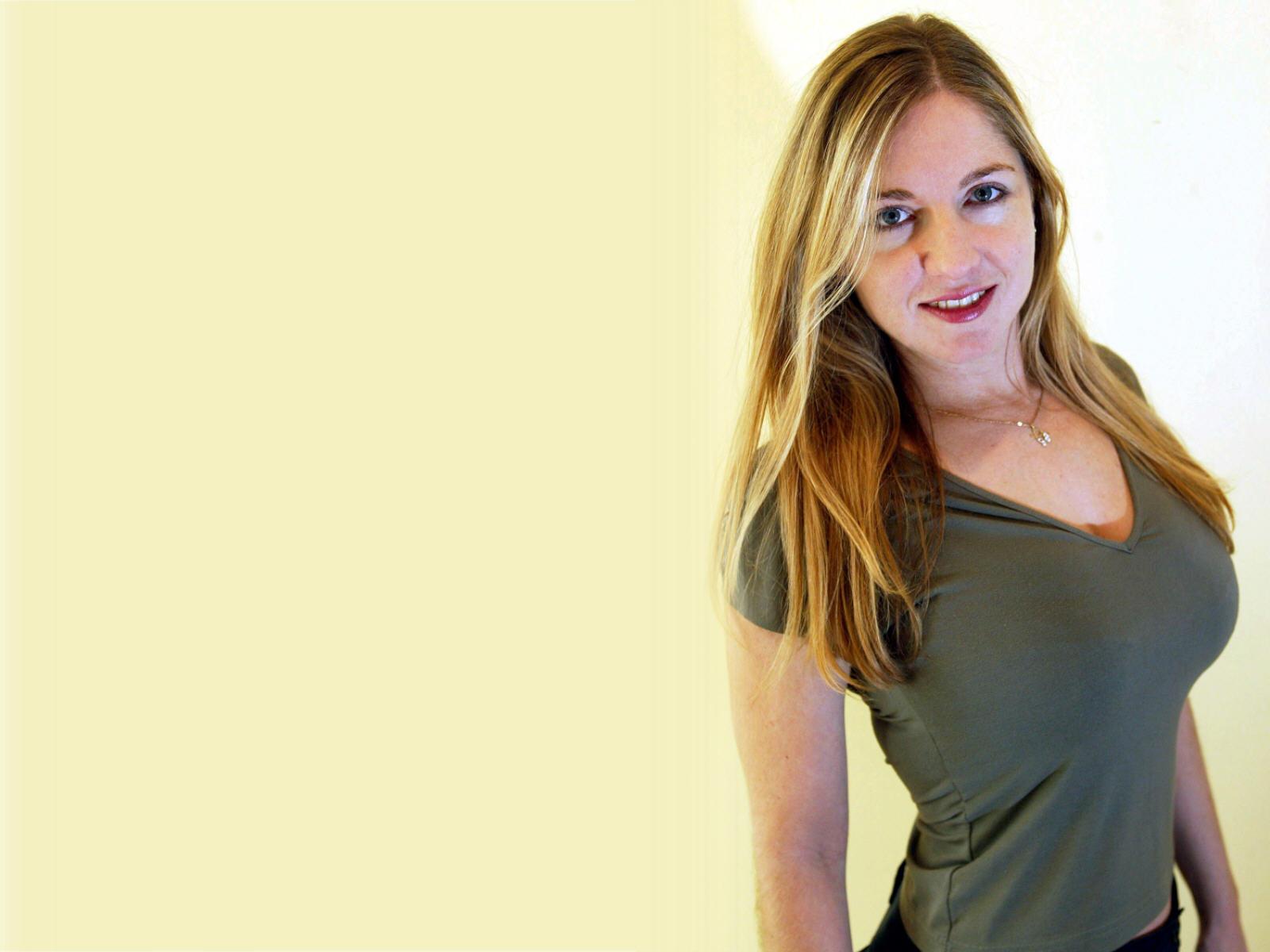 http://2.bp.blogspot.com/_kanxpX3cHU8/TNPa5BYoExI/AAAAAAAACTw/O_Aw2ClyLQU/s1600/victoria_coren_wallpaper.jpg
