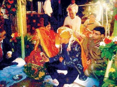 dhoni wedding photos sakshi marriage pictures