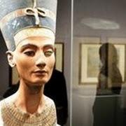 Немецкий археолог похитил Нефертити