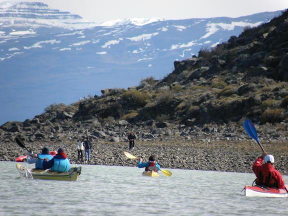 Especatcular remada con el grupo de kayaks este domingo
