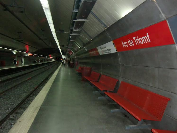 Estación Arc de Triomf