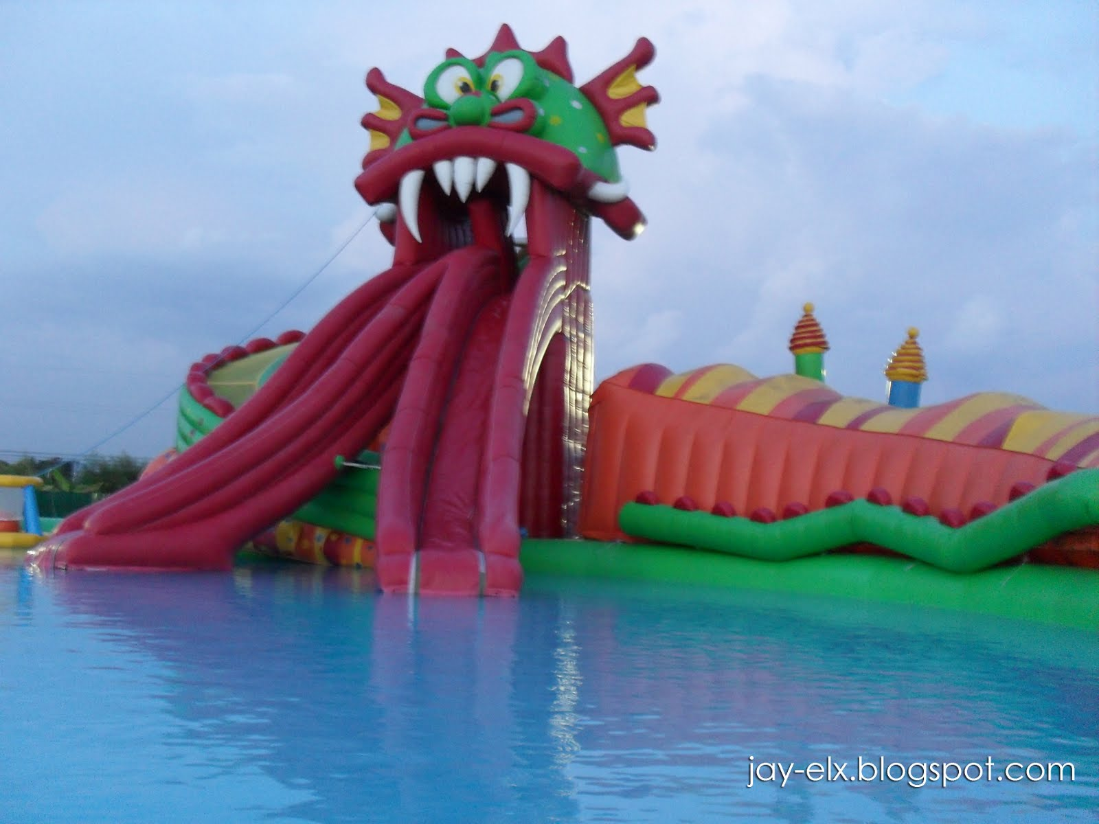 EK BiKi WaterWorld (Enchanted Kingdom]