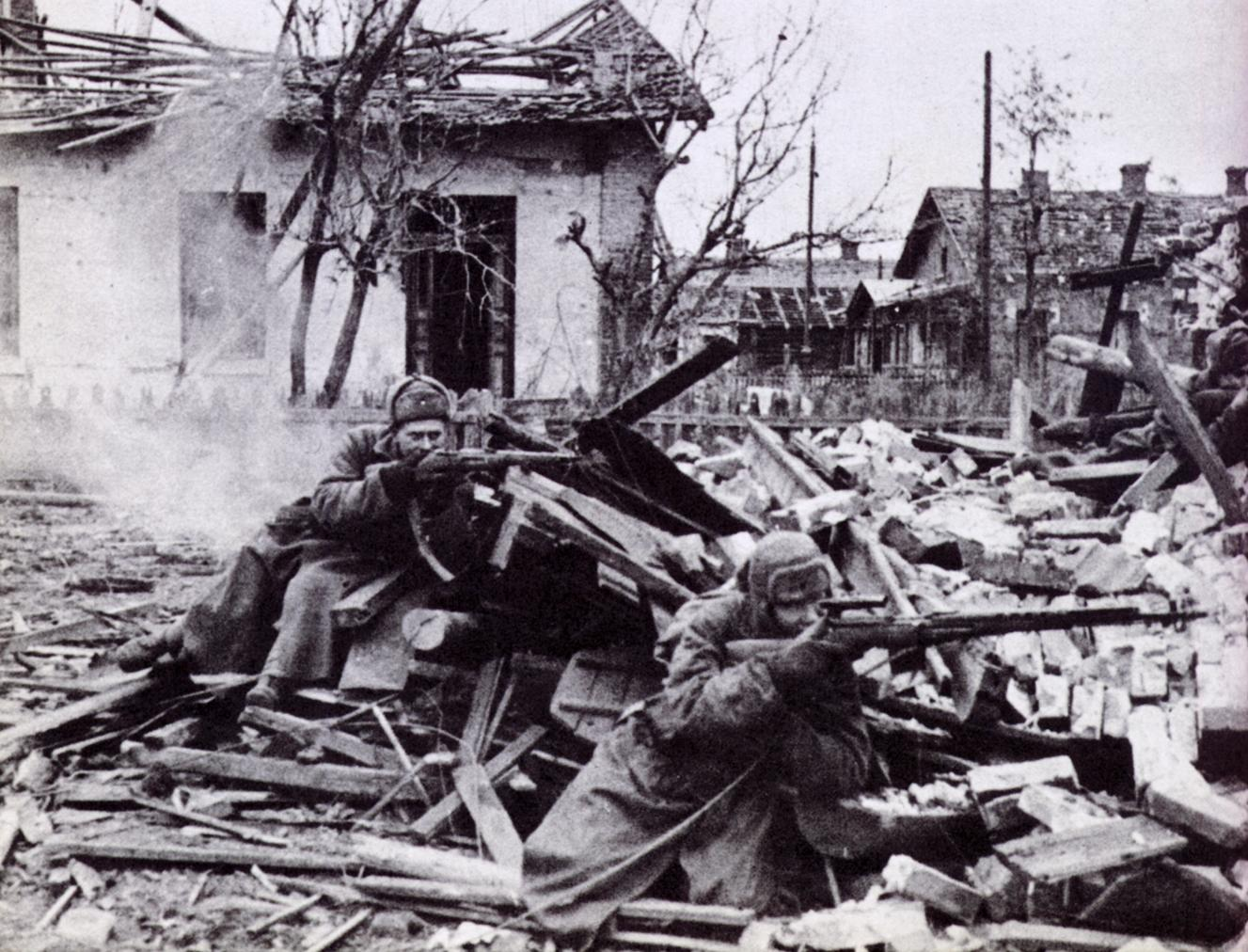 battle of stalingrad The battle for stalingrad was the turning point of the second world war after the  german invasion of russia the wehrmacht continued to head eastward until.
