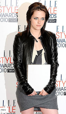 Kristen Stewart Leather Jacket on Kristen Stewart Black Leather Jacket Elle Style Awards Kristen Stewart