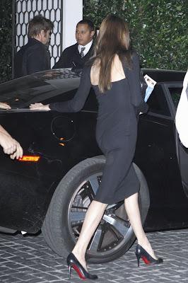 replicas shoes - Angelina Jolie Christian Louboutin pumps | ShoppingandInfo.com