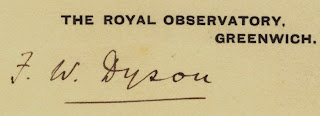 Autograph of Frank Dyson on ROG notepaper, from Wikimedia Commons.