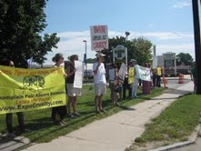 Citizens Protest Circus Cruelty at Champlain Fair