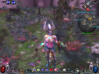 遊戲中期,角色的身體已經產生變化