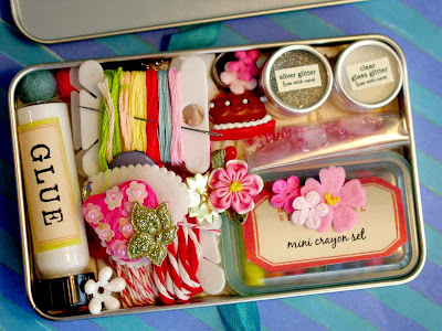 havecraftwilltravel1 Easy homemade gift idea #2: Covered Altoid Tins