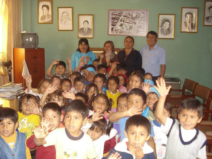 dia del ni�o peruano. Con motivo del día del niño
