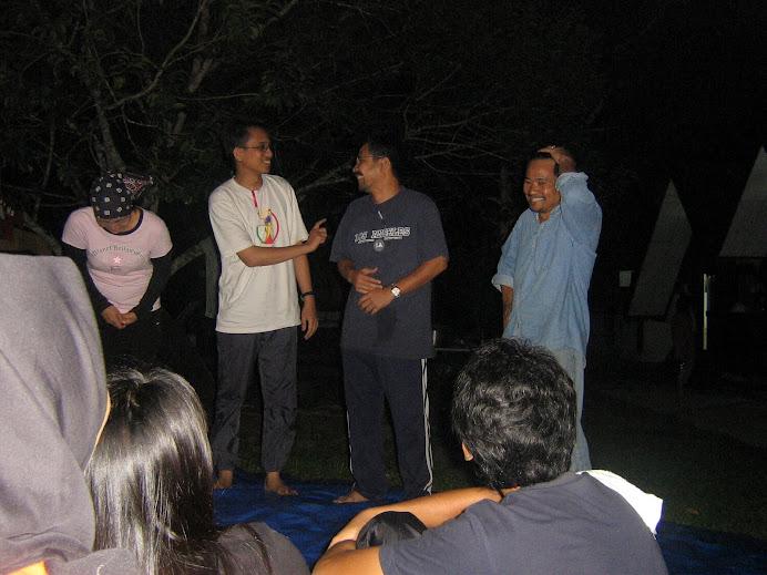 Bujang Lapok scene at Biomass Camp, Taman Negara (Dec 2006), featuring Eni, Sudin, Ajis & Ramlee