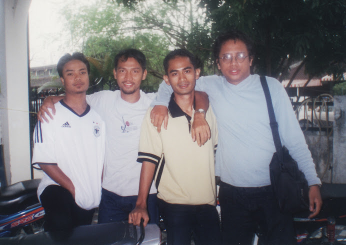 Mr Shahril with Naza, Mawi & Yanto
