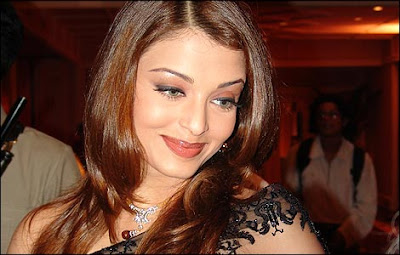 Aishwarya Rai Latest Romance Hairstyles, Long Hairstyle 2013, Hairstyle 2013, New Long Hairstyle 2013, Celebrity Long Romance Hairstyles 2377
