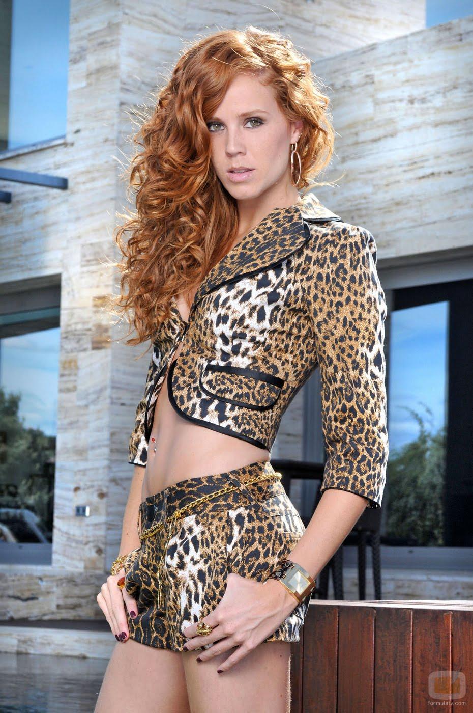 http://2.bp.blogspot.com/_kn3XaibZ_Mo/S-q1ee1sIwI/AAAAAAAAABg/LznFGJ-iU9U/s1600/12540_maria-castro.jpg
