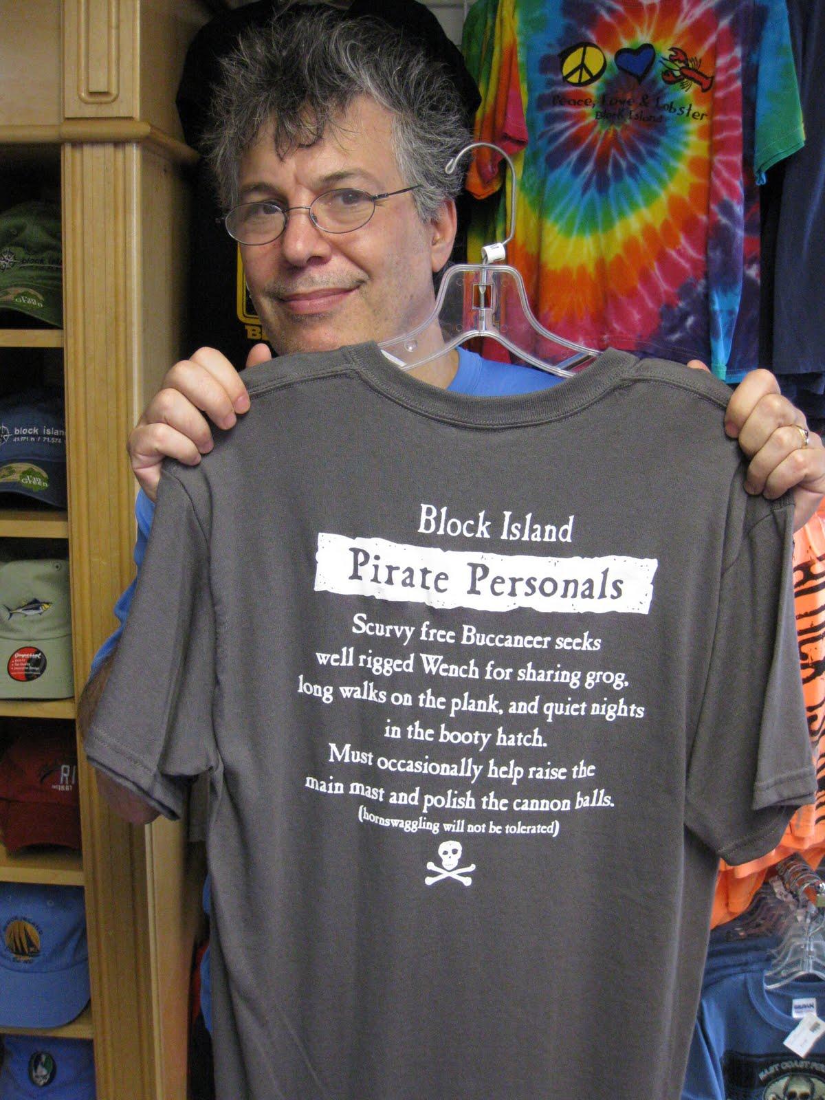 http://2.bp.blogspot.com/_kng9nNTclfs/TENjlEXgwcI/AAAAAAAABSU/9EbZsTKRZ-E/s1600/028_K_PiratePersonals_T-shirt.JPG