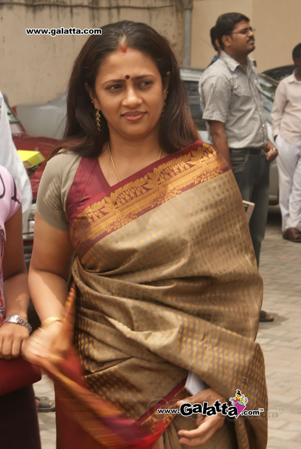 lakshmi ramakrishnan nude photos