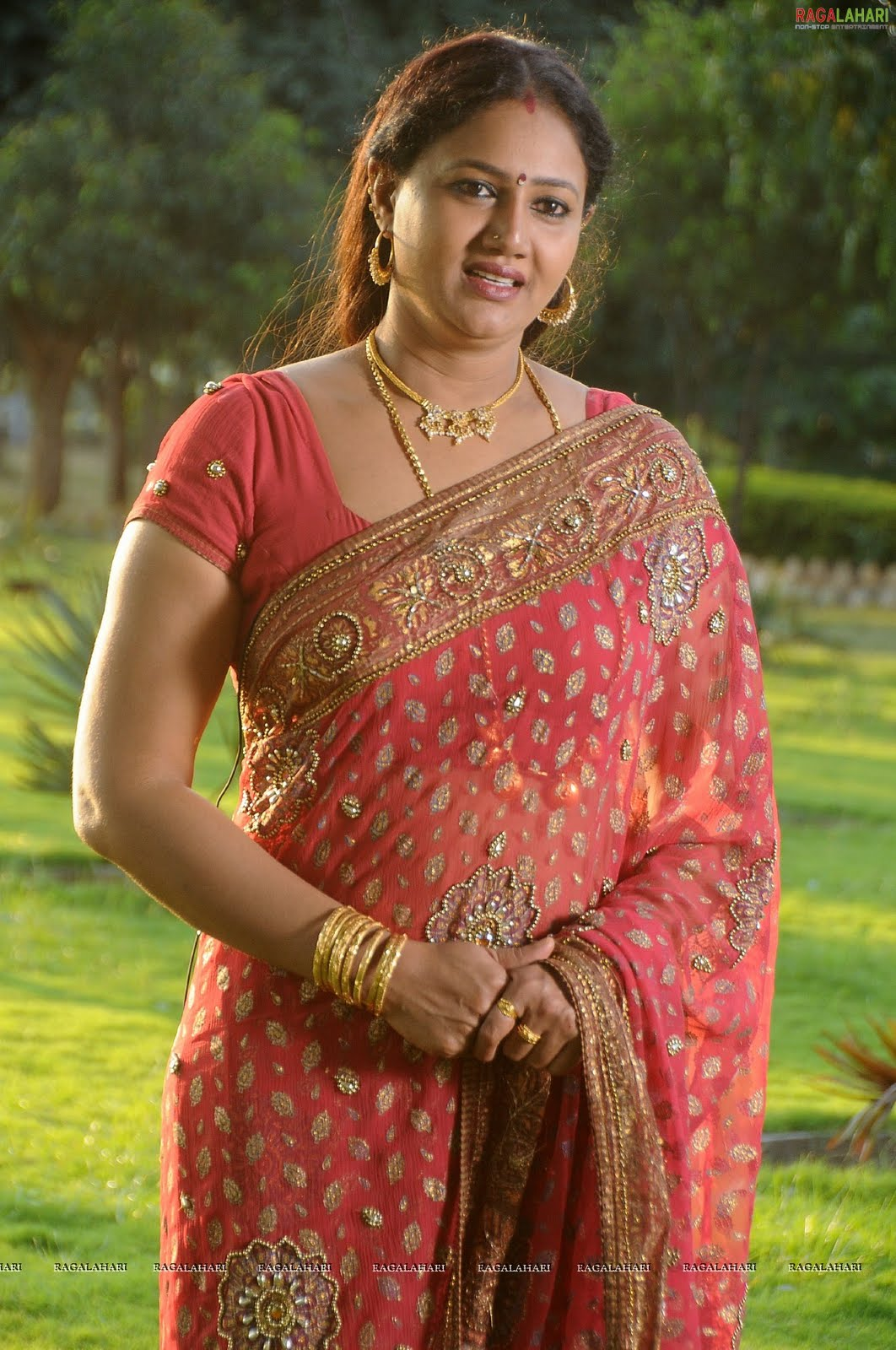 Tollywood Aunties and Actresses: Raksha aunty latest hot still