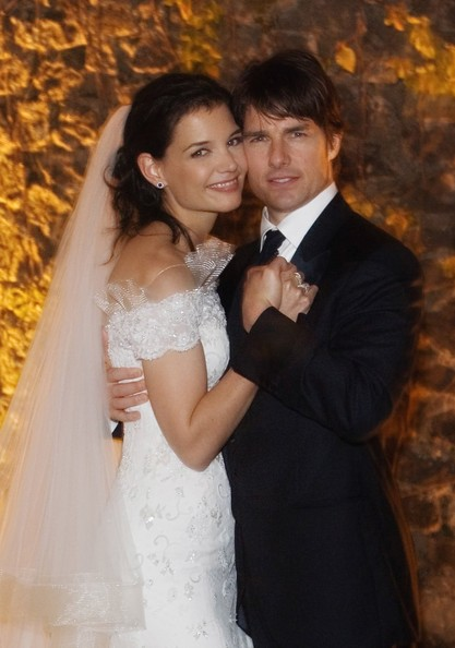 tom cruise and katie holmes kissing. tom cruise hairs. Katie Holmes
