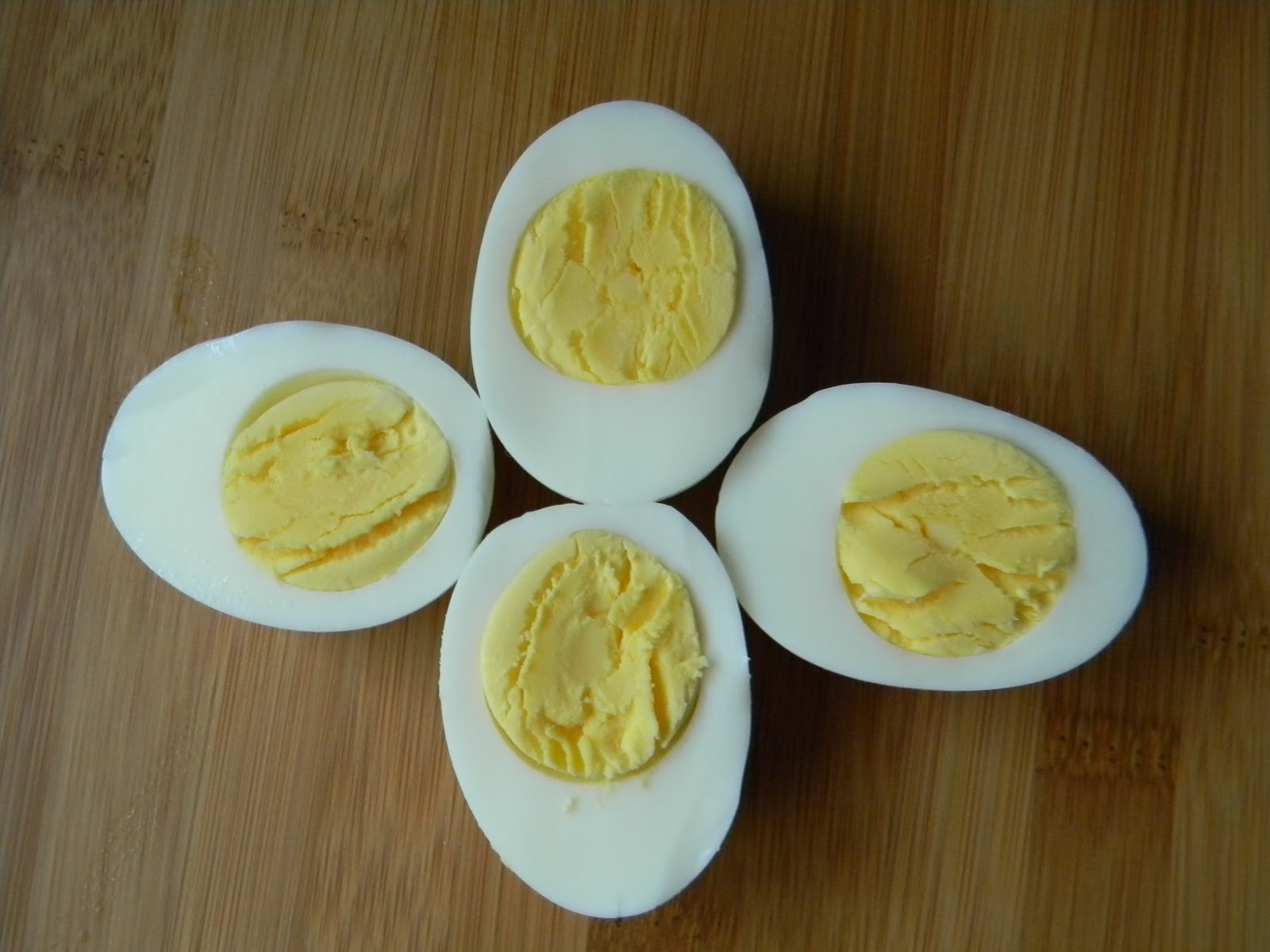 Perfect Boiled Eggs.... - Angie's Pantry